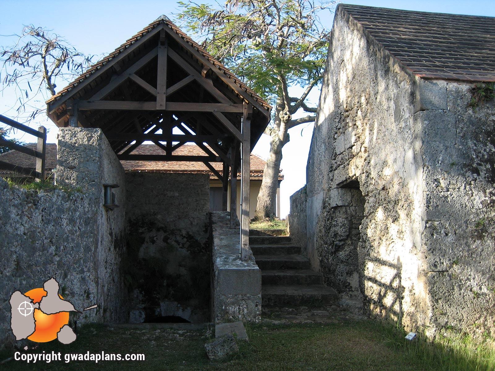 Intérieur du fort Fleur d'Epée