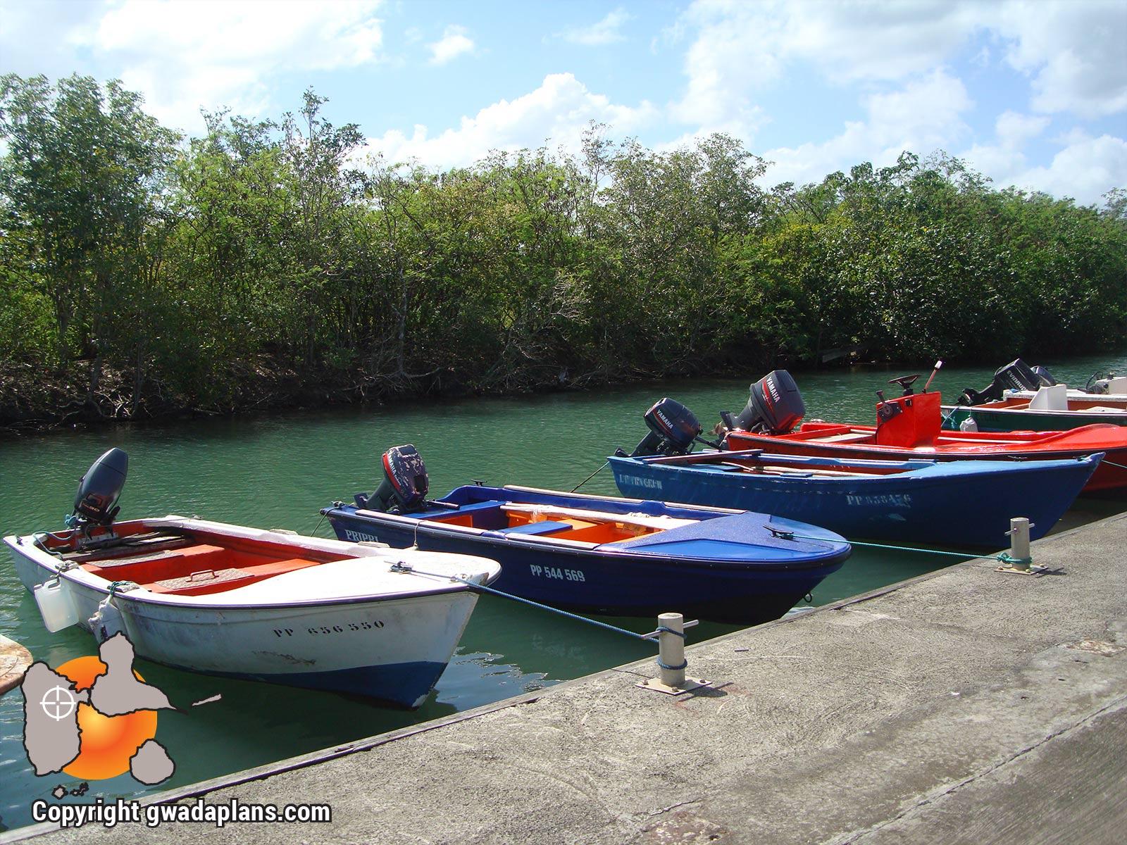 Port de Petit Canal