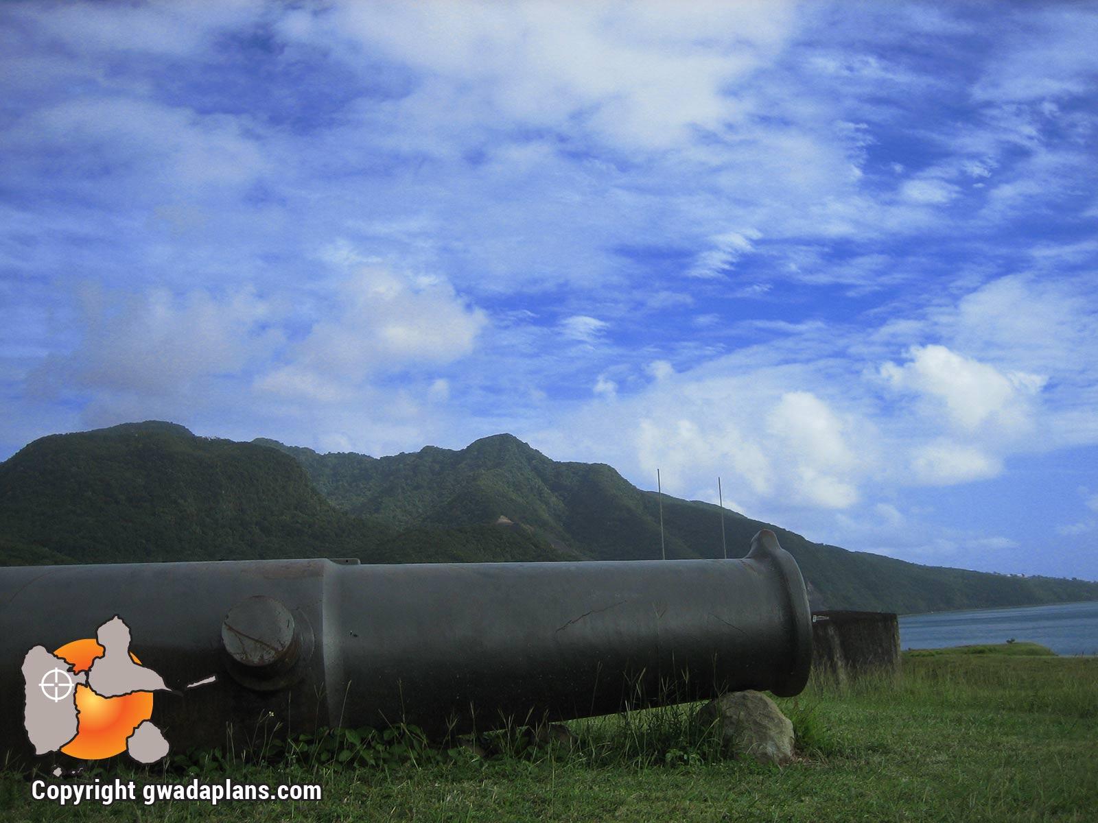 Fort Delgrès - Vue sur les Monts caraïbes