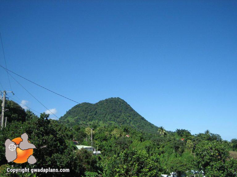 Grande Pointe - Vue sur les Monts Caraïbes