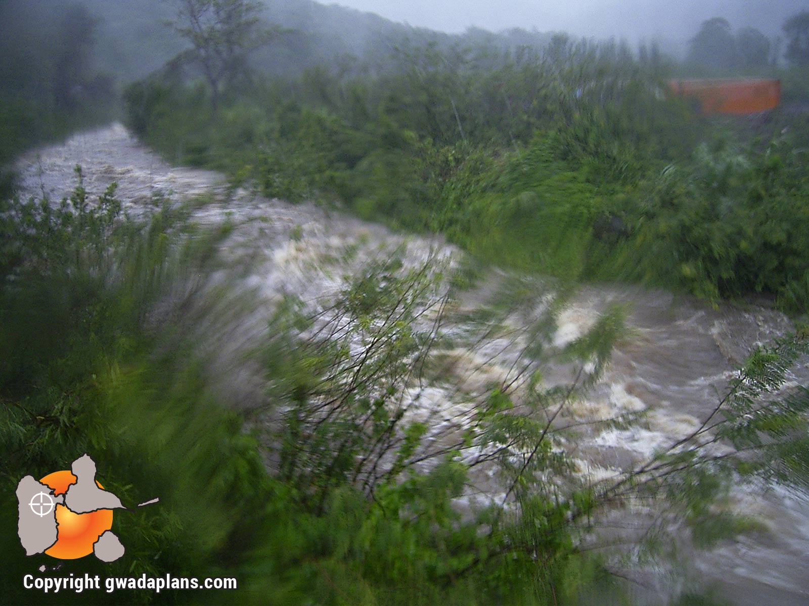 Crue de rivière - Ouragan catégorie 2 - Dean 2007
