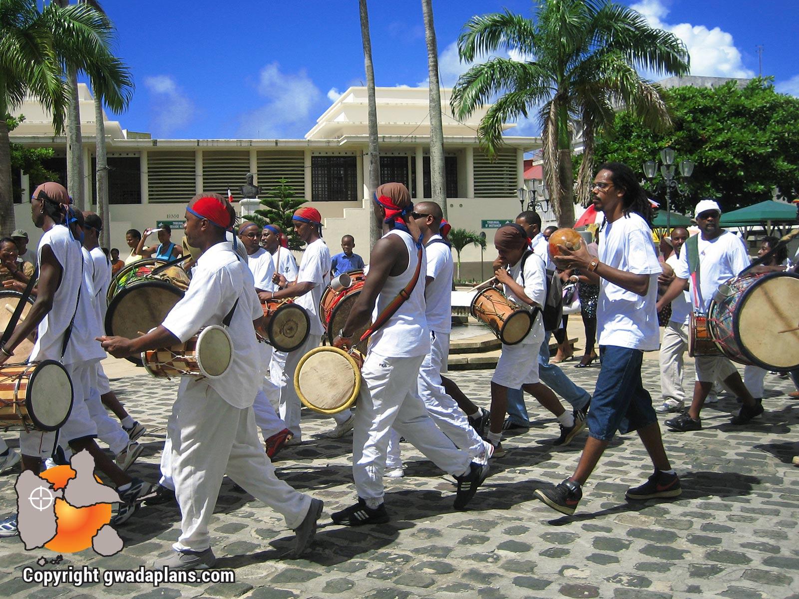 Défilé des tambouyés - Guadeloupe