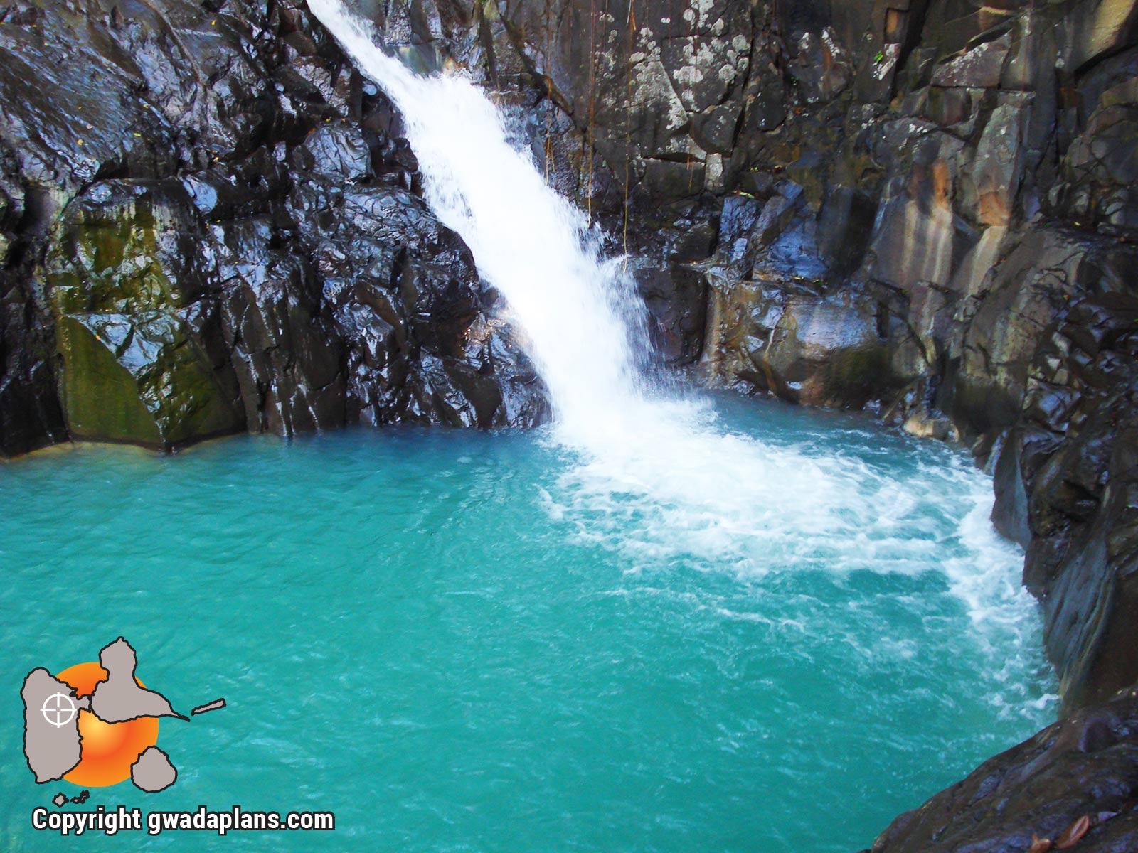 Le bassin du Saut d'Acomat